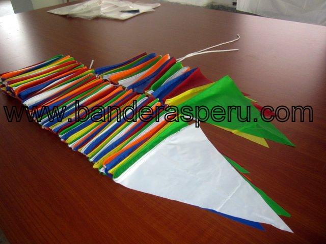 Banderas de plástico