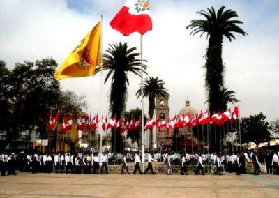 banderas-gigantes-homenaja-a-la-bandera-tacna-banderas-monumentales
