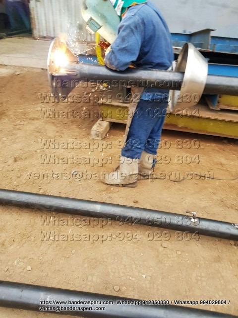 Fabricamos e instalamos astas metálicas