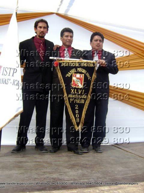Estandarte bordado de Ecuador, Colombia y Paraguay