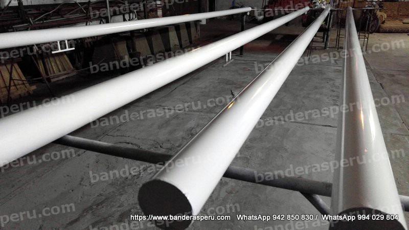 instalación de astas para empresas - BanderasPerú